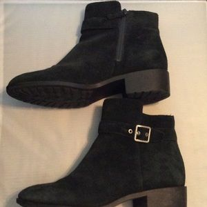 Cole Haan Grand OS Indiana suede booties 9.5 black